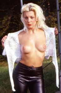schöne knackige Brüste